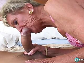 Sandra Ann Plays Cack-handed Facet - 60PlusMilfs
