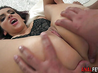 Ass toyed cutie gapes